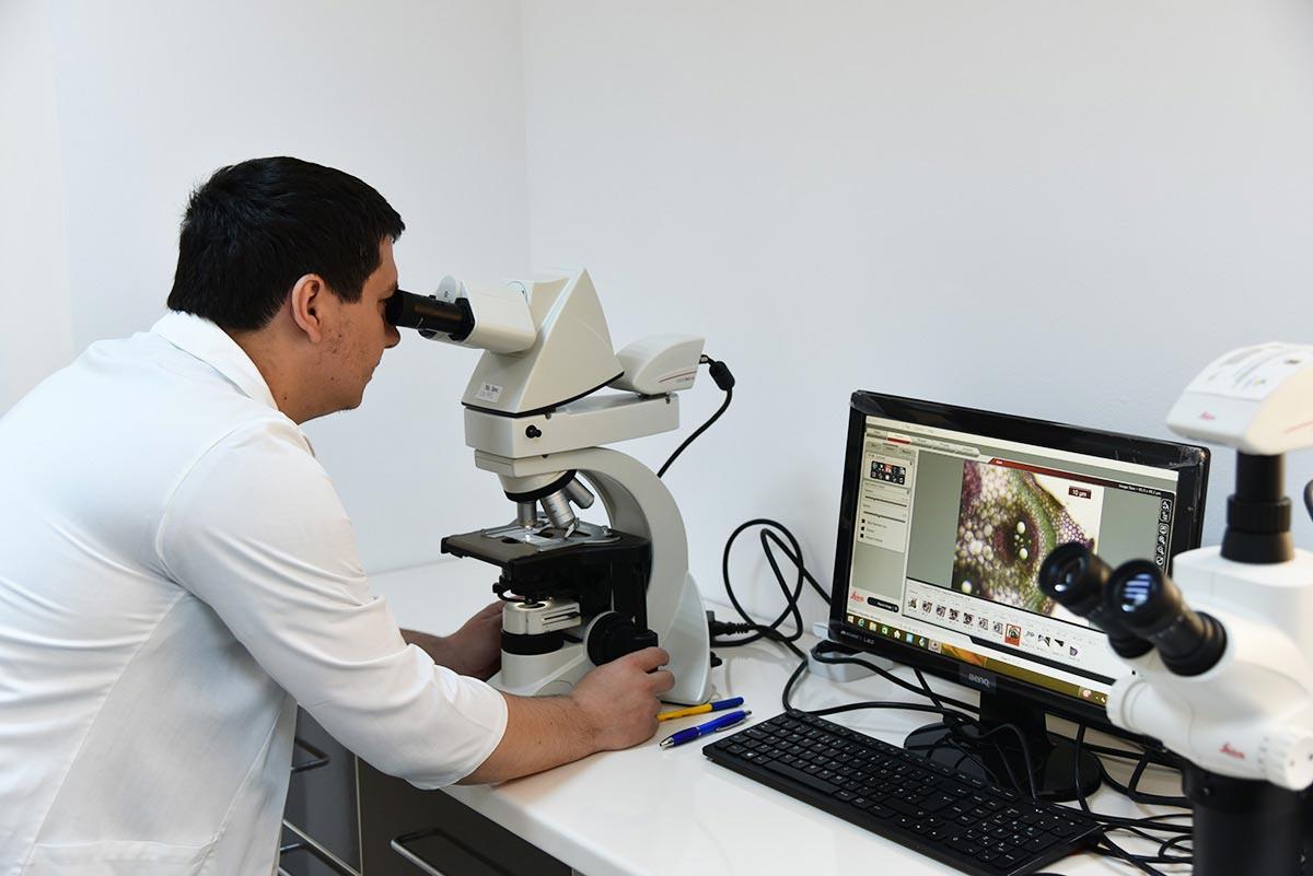 Laboratorul de Microscopie